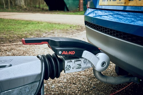 Hitching a caravan - Engage Lock down the stabiliser handle
